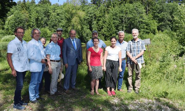 © Katja Schumann, Landschaftspflegeverb. NM, Landrat Gailer und weitere Teilnehmer besuchten das Pilotprojekt