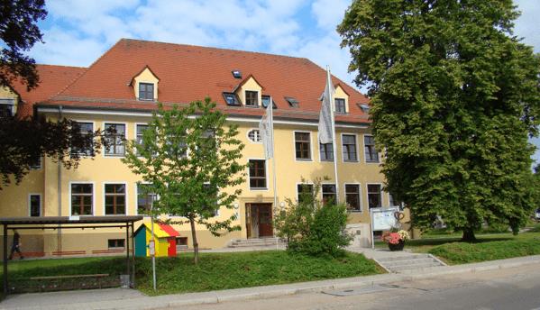 © Alexander Spitzer, Stadt Maxhütte-Haidhof;  Das Mehrgenerationenhaus