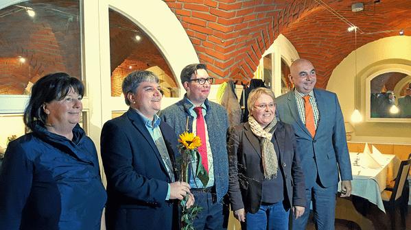 © v.l. Kreisvorsitzende Maria Scharfenberg, Direktkandidat Stefan Schmidt, Kreisvorsitzneder Stefan Christoph, Stadträtin Maria Simon, MdL Jürgen Mistol