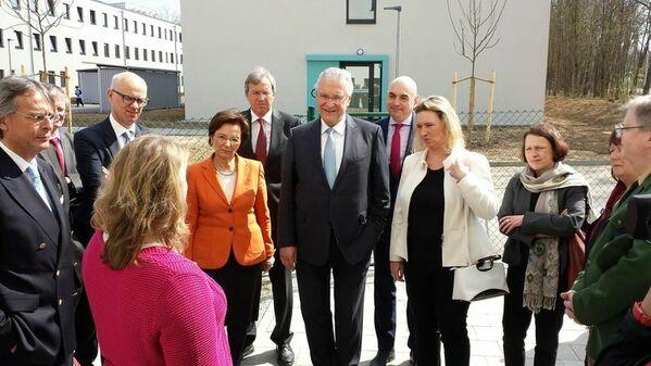 © Charivari/v.l.n.r. Ministerin Müller, Minister Herrmann, Integrationsbeauftragte Schreyer