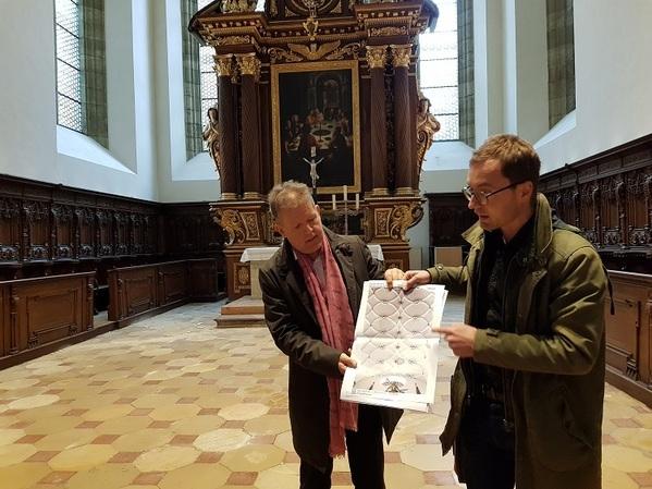 © charivari/ Pfarrer Schulte und Architekt Feil