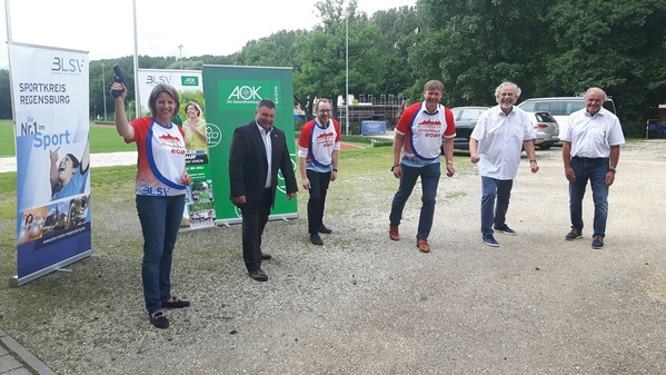 © Sportbürgermeisterin Astrid Freudenstein gibt Startschuss für den Regensburger Altstadtlauf